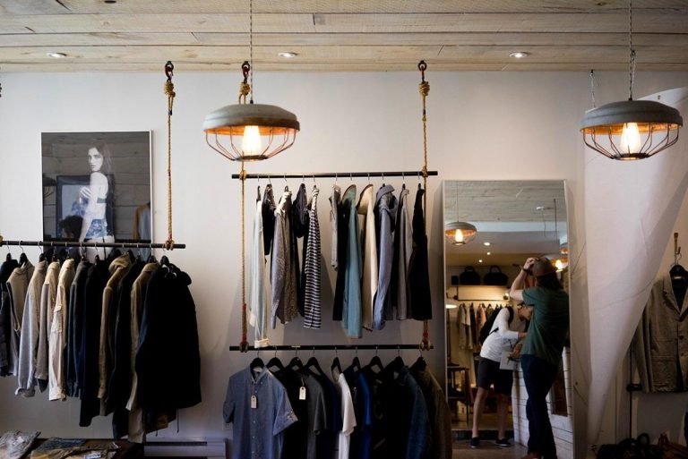 Gelegentliches Einkaufen, d. H. Geschäftliches